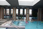 Бассейн помогает санаторию, принимающему гостей круглый год, обеспечить поток клиентов в межсезонье