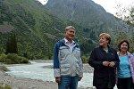 Президент Кыргызстана Алмазбек Атамбаев и канцлер ФРГ Ангела Меркель