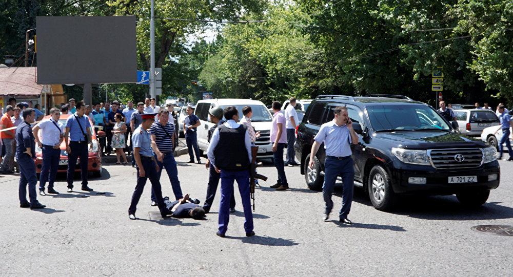 В итоге  перестрелки вКазахстане погибли трое полицейских