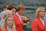 Белорусская гребчиха Екатерина Карстен (в центре)