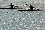 Байдарочнкии на гребном канале в Заславле
