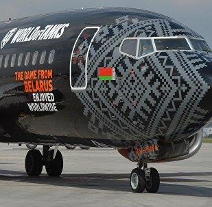 Брендированный Wargaming самолет Белавиа прилетел в Минск
