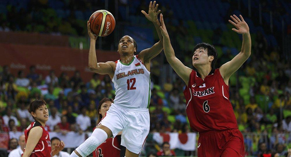 Женская сборная Республики Беларусь побаскетболу провалила старт Олимпиады