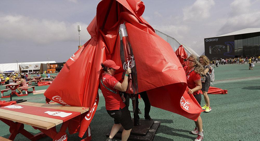 Из-за урагана вРио прервана тренировка прыгунов вводу исинхронисток