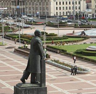 Памятник В.И.Ленину на площади Независимости в Минске