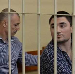 Слушание уголовного дела по обвинению Александра Арабяна, Владимира и Казбека Япринцева