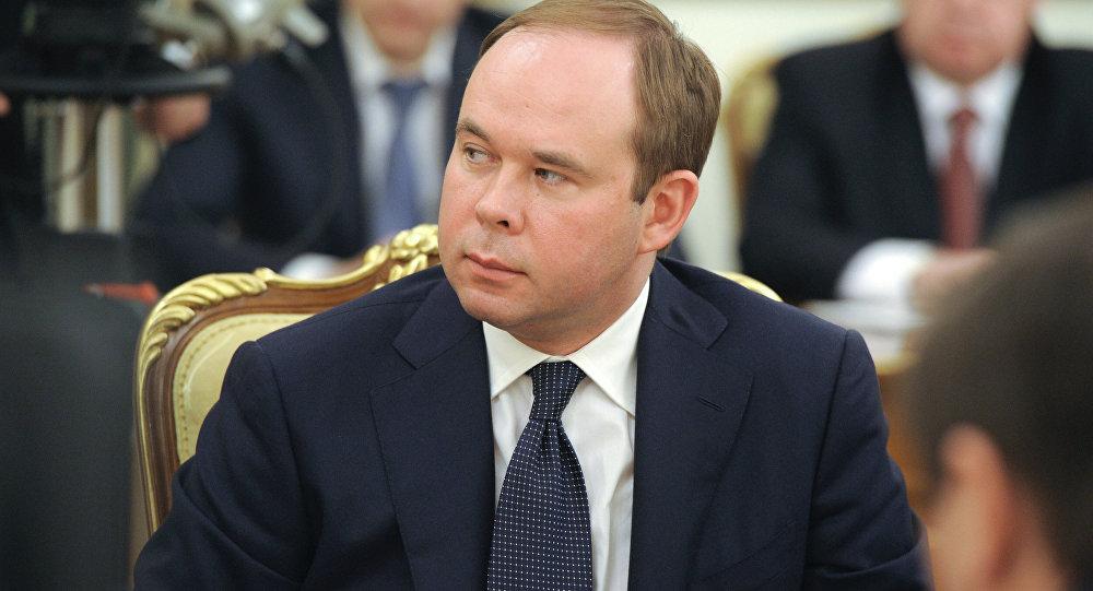 Путин сократил  руководителя  кремлевской администрации Иванова