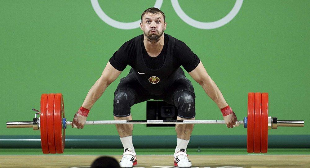 Сборная Ирана взяла 2-ое золото втяжелой атлетике