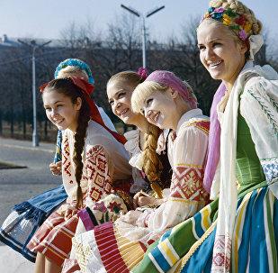 Солисты Государственного ансамбля танца Белорусской ССР