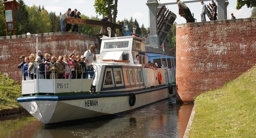ВРеспублике Беларусь иностранцам разрешили ездить наАвгустовский канал без виз