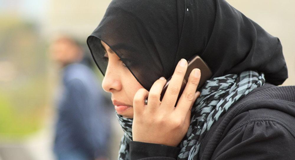 Милиция Шотландии сделала хиджаб частью униформы женщин-полицейских, исповедующих ислам