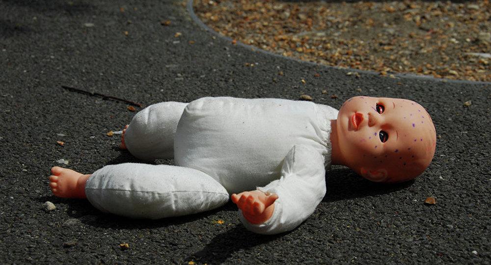 ВБобруйске погибла 8-летняя школьница— наееупал шкаф
