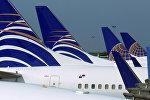 Лайнеры United Airlines на аэродроме, архивное фото