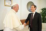 Встреча Папы Римского и Марка Цукерберга