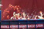 Спутник_Битва помидорами: как прошел праздник Томатина в Испании