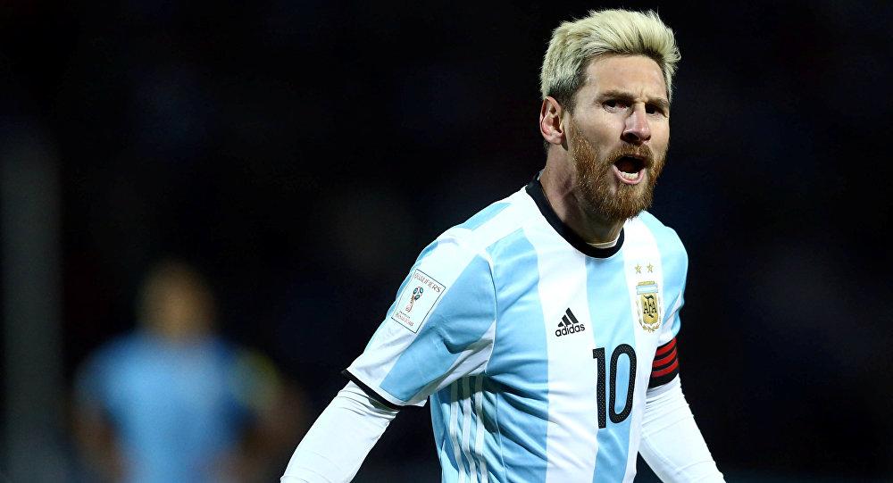 Месси примет участие вматче против Уругвая