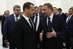 Председатель правительства РФ Дмитрий Медведев и премьер-министр Беларуси Андрей Кобяков
