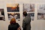 На выставке Пушча, лён, прыгажуні арт-проекта Ирены Гудиевской Зачараванне в МИД Беларуси