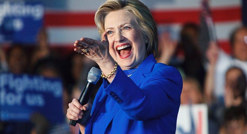 Заявления Клинтон опопытках столицы сорвать выборы вСША смехотворны для Российской Федерации