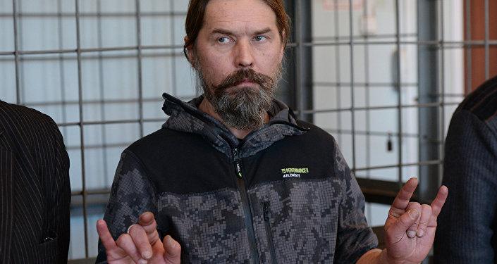Лидера «Коррозии металла» вЧерногории обвинили впобеге сместа правонарушения