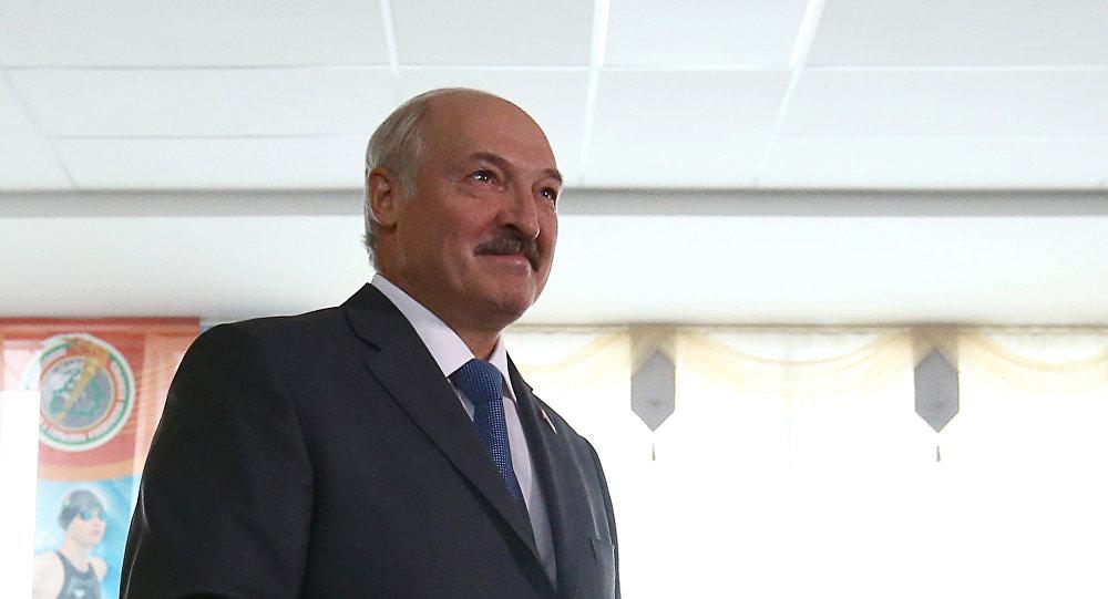Александр Лукашенко в день парламентских выборов