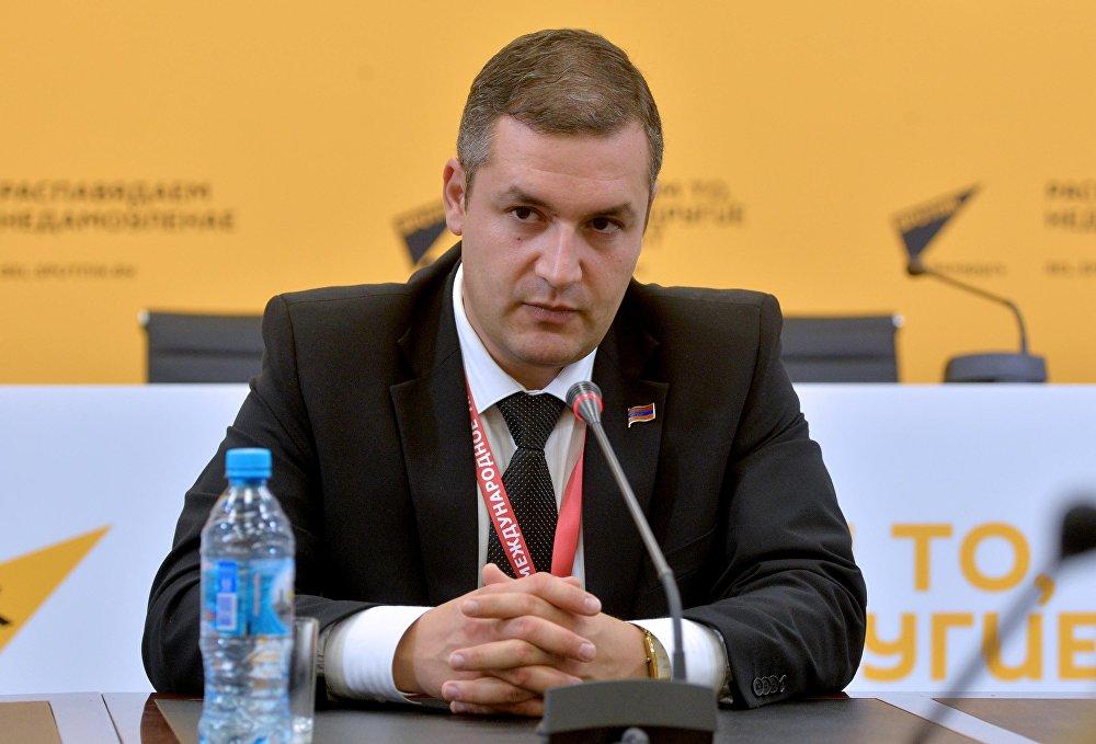 Член постоянной комиссии Национального Собрания Армении Тигран Уриханян