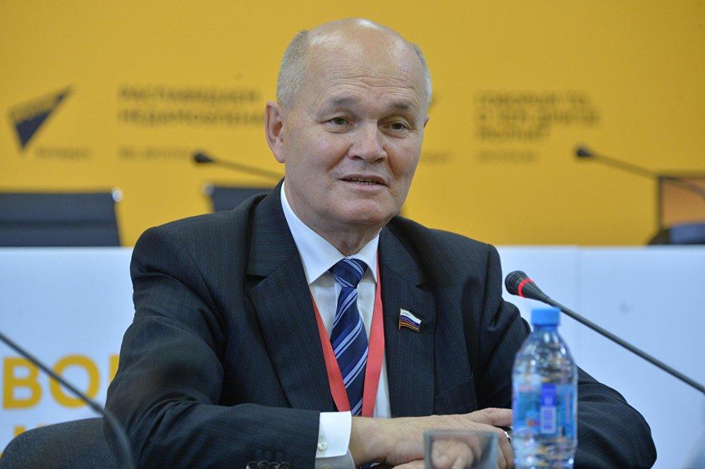 Член Федерального собрания РФ, наблюдатель от Межпарламентской ассамблеи СНГ Михаил Щетинин