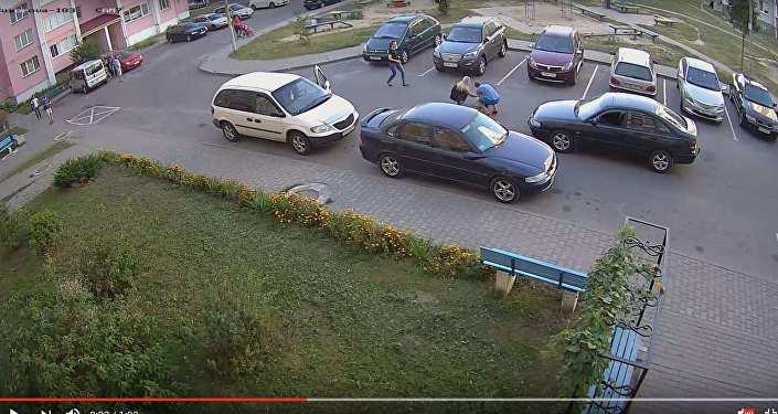 НаМ1 житель россии сбил напереходе велосипедистку, она вреанимации