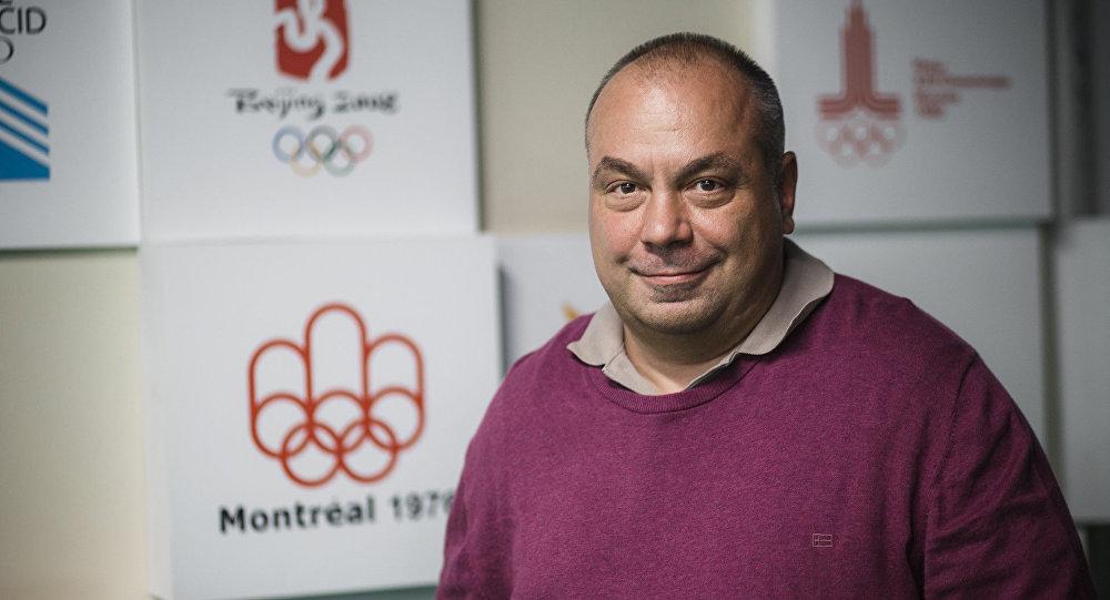 Защита сборной Канады справилась сОвечкиным— Марк-Эдуард Влэшик
