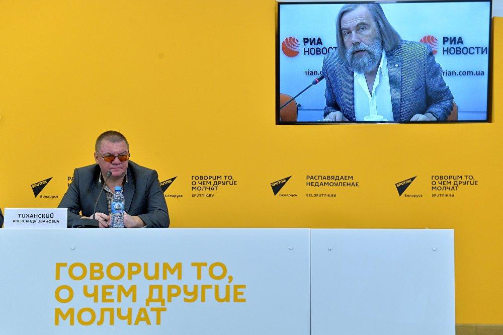 Политолог Александр Тиханский в ходе видеомоста Киев-Минск Современный фашизм: тенденции проявления фашистских идей в странах Европы.