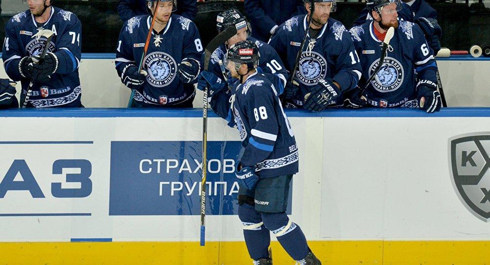 Минское «Динамо» вовертайме победило рижских одноклубников вматче чемпионата КХЛ