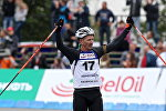 Россиянин Сергей Тарасов стал победителем масс-старта Гонки легенд