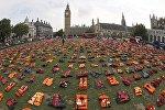 В Лондоне с помощью перфоманса обращают внимание ООН на проблему беженцев