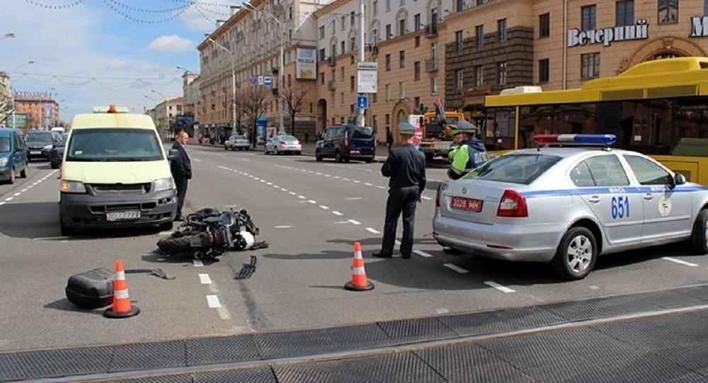СК продемонстрировал видео трагедии сучастием байкера иинспектора ГАИ