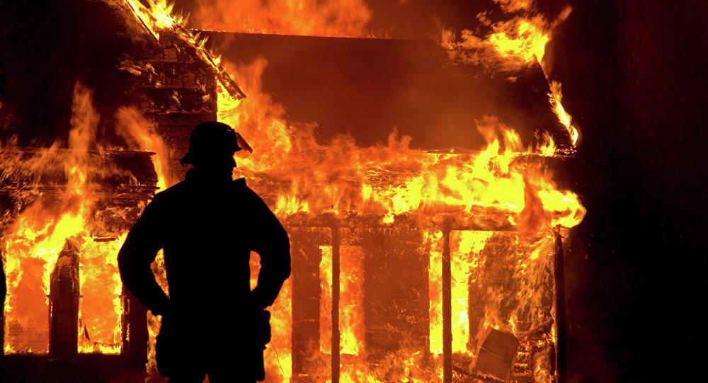 МЧС: Напожаре вПуховичском районе погибли три человека