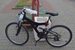 Велосипед попавшей в аварию девочки