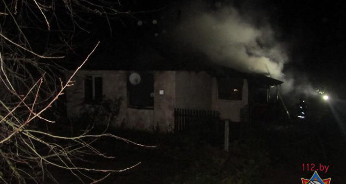 МЧС: Из-за пожара вУшачах было эвакуировано 11 человек