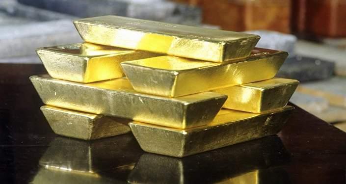 Рекордные июньские заимствования стимулировали рост золотовалютных запасов начетверть