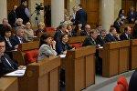 Многие депутаты 5-го созыва переизбраны и заняли свои привычные места