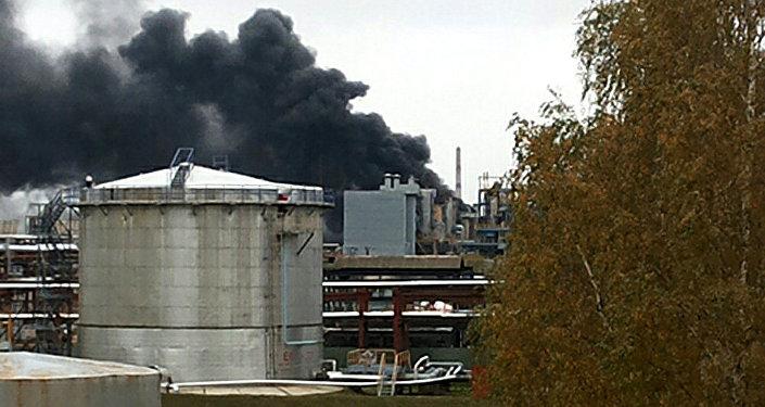 Внасосной «Нафтана» произошел пожар