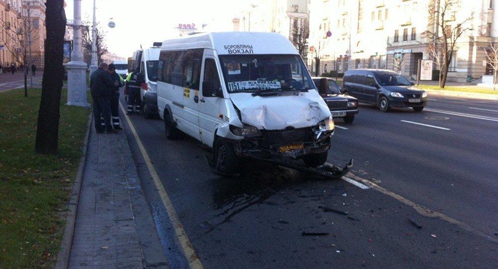 ВМинске столкнулись две маршрутки— пострадали 11 человек