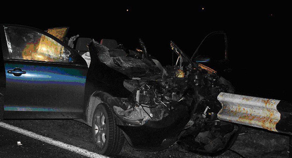 ВКореличском районе Тойота врезалась вотбойник: шофёр умер, пассажиры травмированы