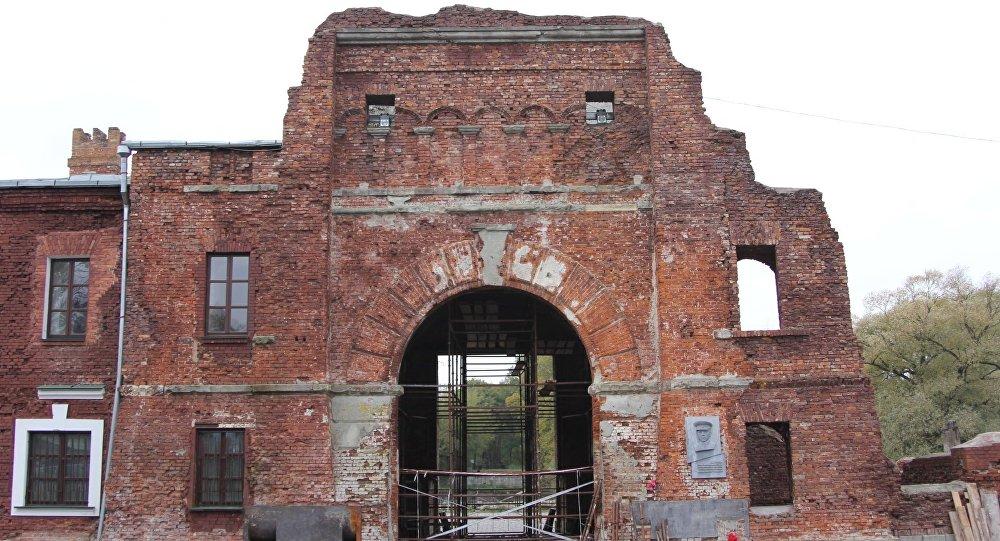 Реставрацию Тереспольских ворот Брестской крепости остановили