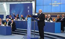 Александр Лукашенко во время выступления на 45-м заседании Генеральной ассамблеи Европейских олимпийских комитетов