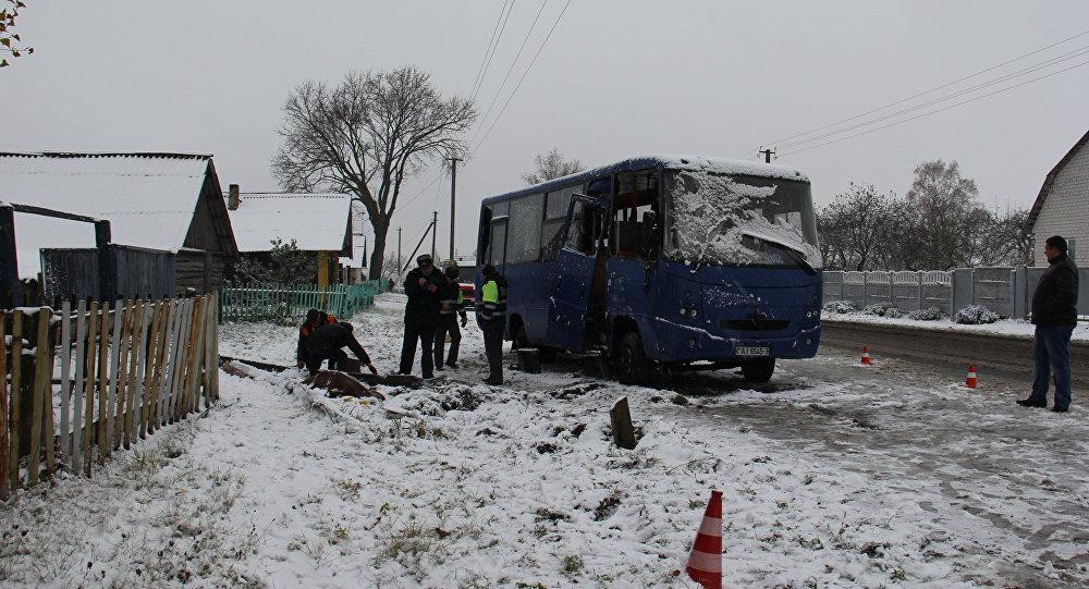 Под Буда-Кошелево вперевернувшемся автобусе погибла пассажирка