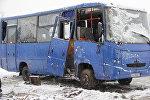 Перевернувшийся в Буда-Кошелево автобус.