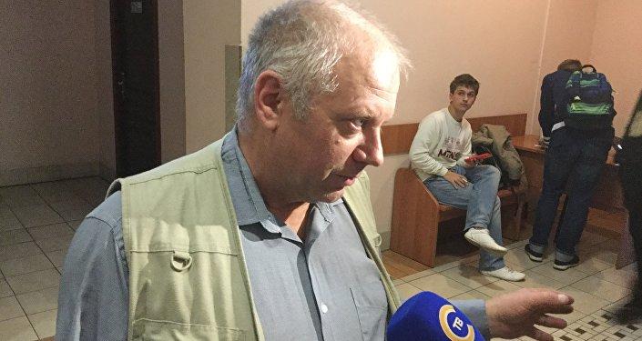 Пострадавший вДТП инспектор потребовал отбайкера 50 000 руб. компенсации