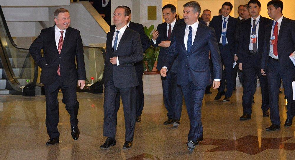 Лукашенко зовет страны СНГ вЕАЭС— Образец глубокой интеграции