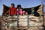 Беженцы покидают населенные пункты, расположенные вблизи Мосула