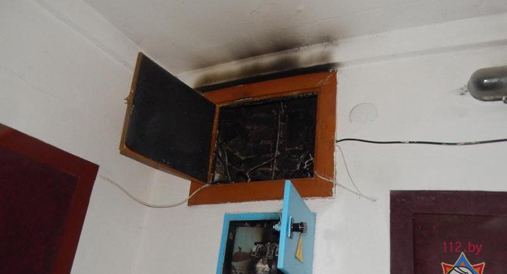 26 человек было эвакуировано из-за возгорания электрощита вБарановичах